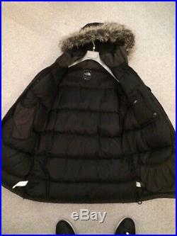Parka North Face Mcmurdo taille S Noir capuche fourrure comme neuve