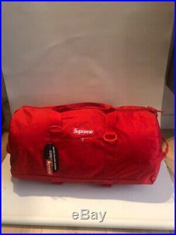 Supreme Supreme Duffle Bag (SS19) Red