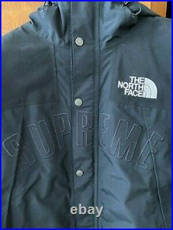 Supreme The North Face Arc Logo Mountain Parka Black Medium (M)