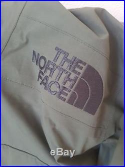 Supreme x The North Face GSupreme x The North Face Goretex Pullover Olive Size L